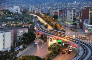 является основным центром табачной промышленности в Турции