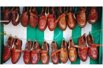 ассортимент обуви значительно беднее, чем одежды