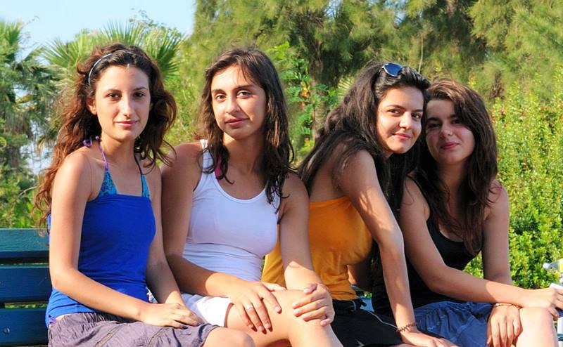 высокая самооценка турецких девушек