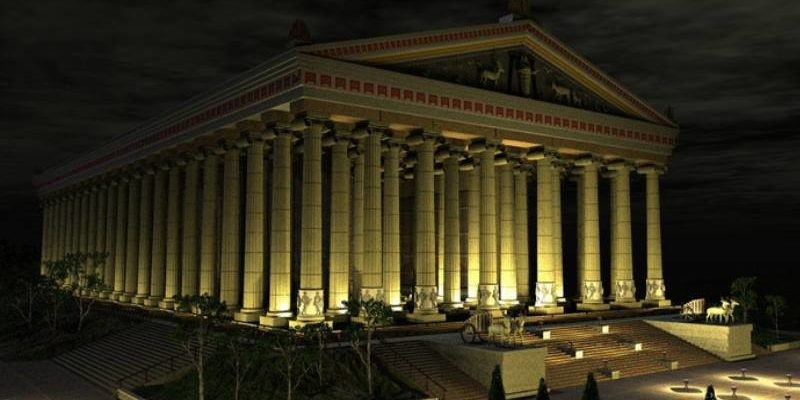 храм ночью