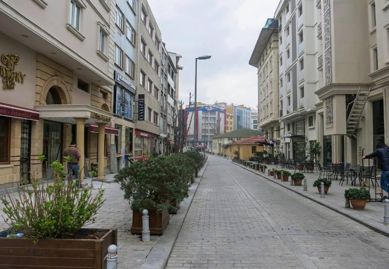 - бульвар Ататюрка;